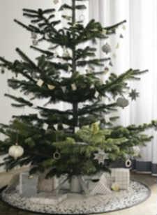 find den smukke fod til juletræet