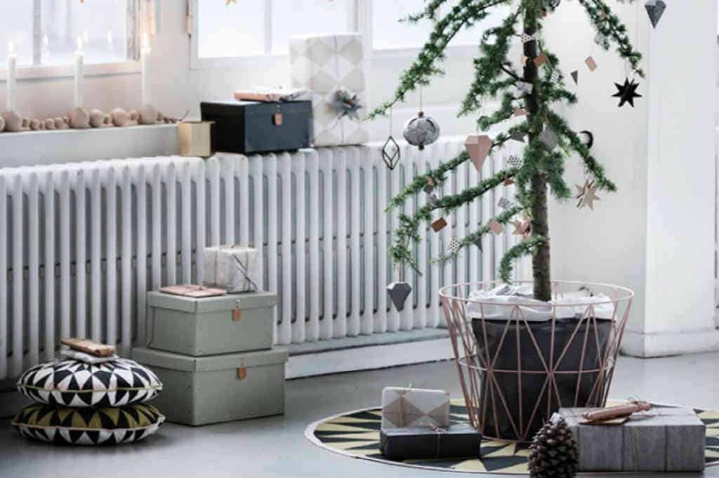 Find et lækkert Ferm Living juletræstæppe til det moderne hjem