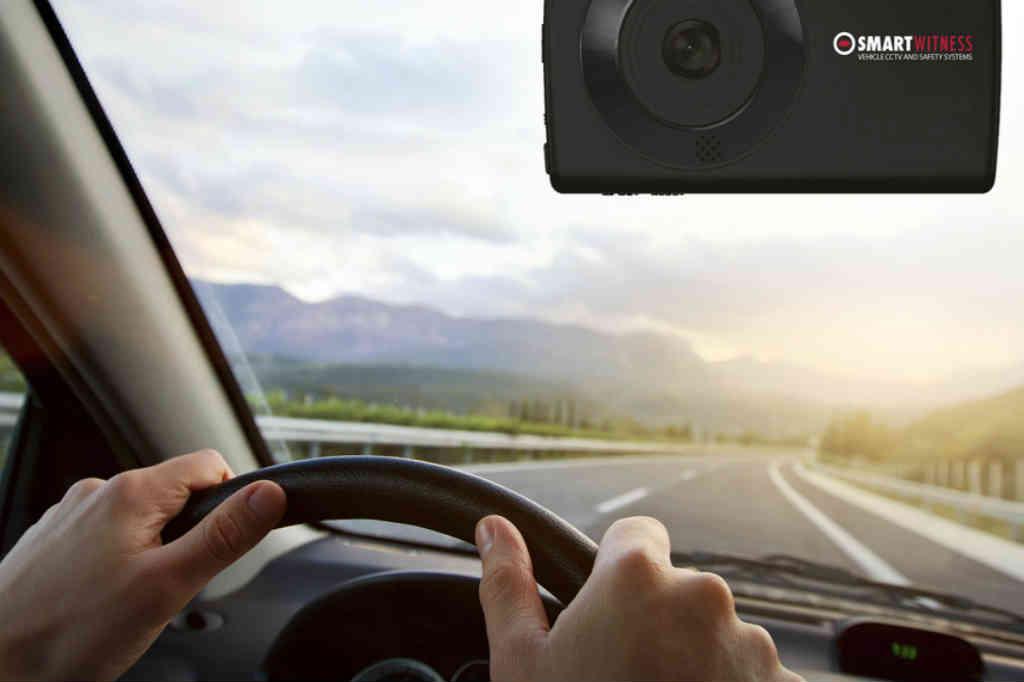 køb Smart Witness HD Bilkamera i gave til manden