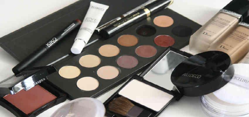giv hende makeup som skønheds julegave
