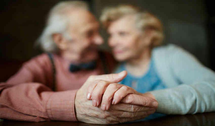 køb de gode gaveideer til ældre mennesker