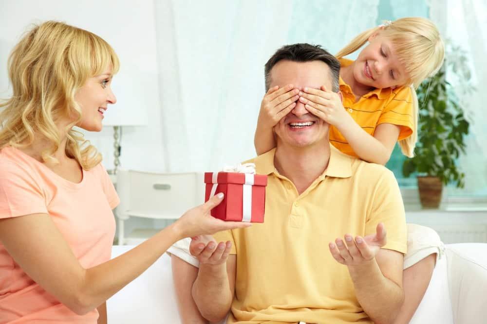 Julegave til ham - Far og mand får julegave